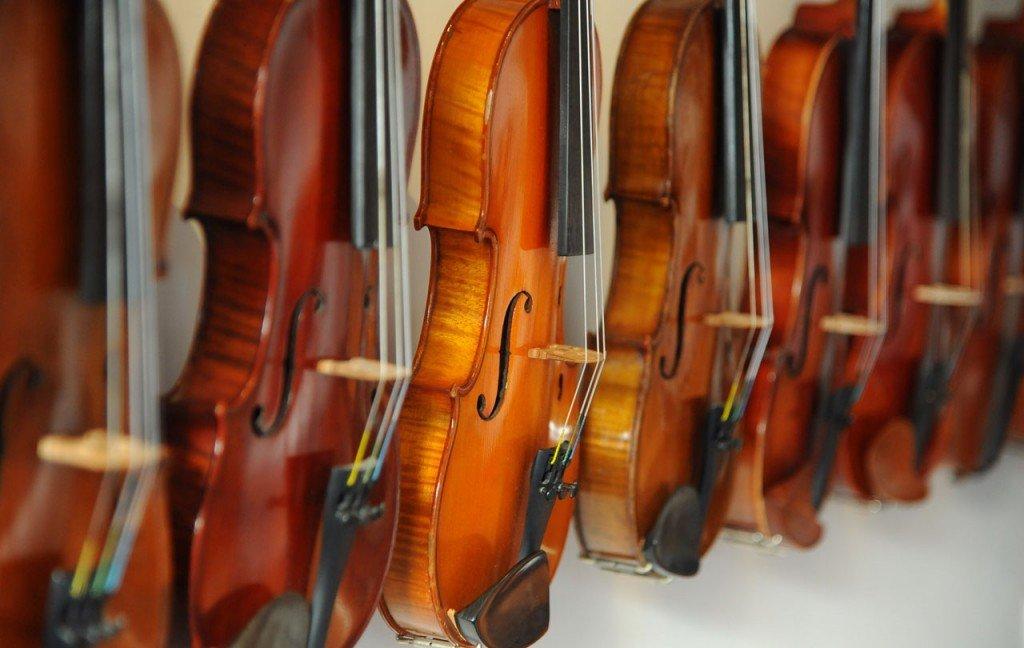 db_Dan_Bartlette_violins_06